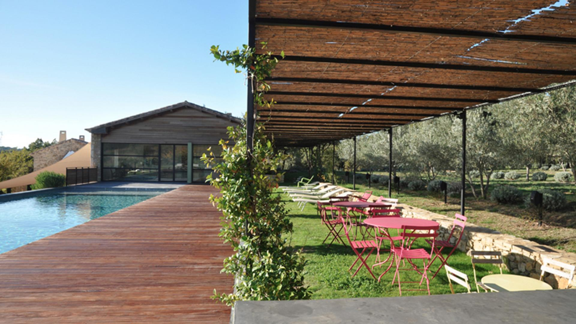 Location villa luxe Gard - Le Mas de So - Like&Book